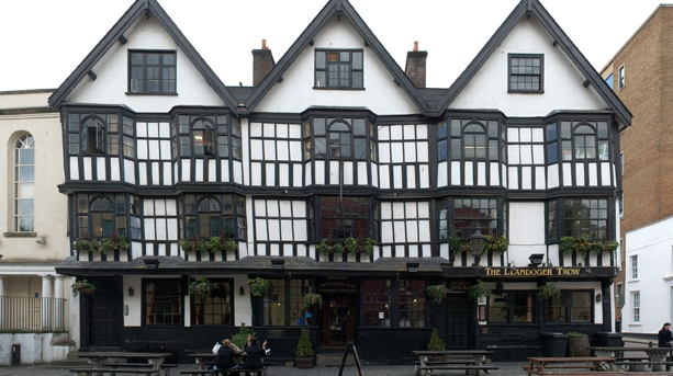 Name:  the-llandoger-trow_credit_haunted-and-hidden-tours.jpg Views: 73 Size:  187.7 KB