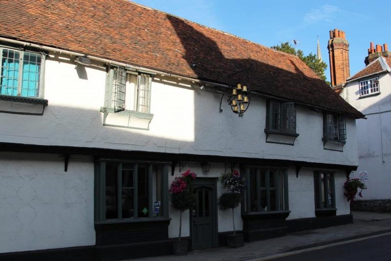 Name:  eight-bells-pub-saffron-walden.jpg Views: 51 Size:  139.7 KB