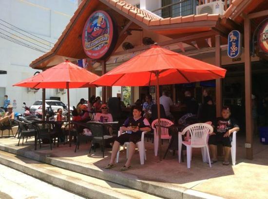 Name:  the-stoned-crab-pub.jpg Views: 14 Size:  41.1 KB