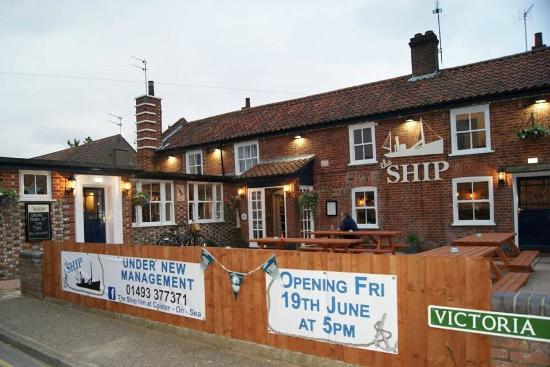 Name:  the-ship-inn.jpg
