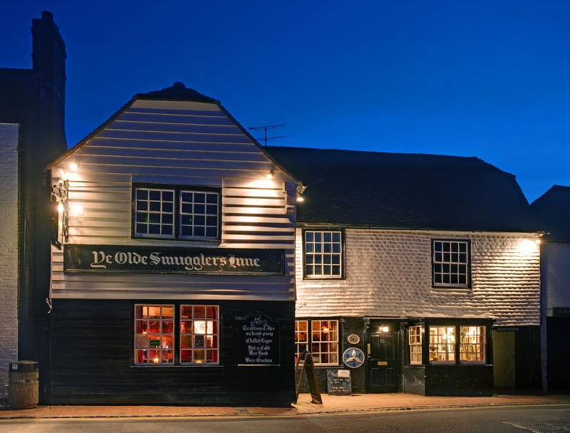 Name:  1184px-Smugglers_Inn_Alfriston_England_-_May_2009.jpg