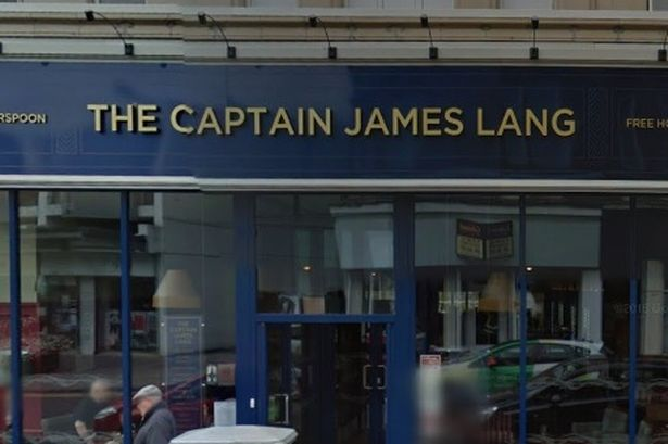 Name:  The-Captain-James-Lang-pub-on-Dumbarton-High-Street.jpg
