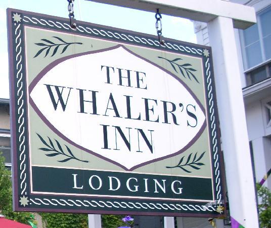 Name:  The whaler Mystic.jpg Views: 71 Size:  51.4 KB