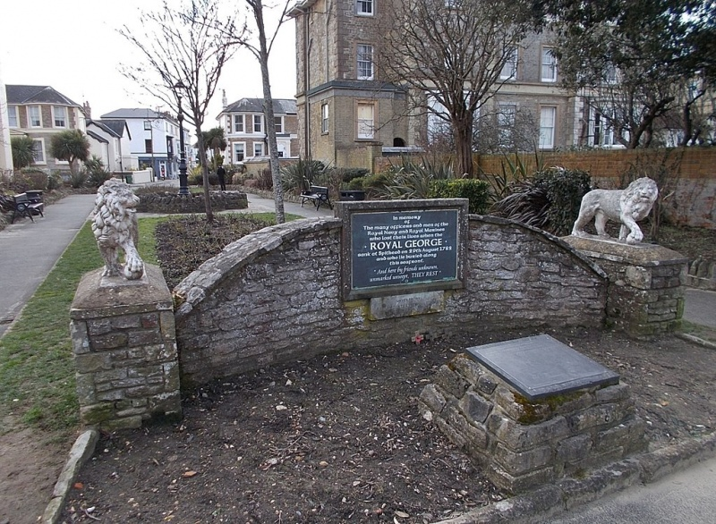 Name:  1024px-HMS_Royal_George_memorial,_Ryde,_Isle_of_Wight,_UK.jpg Views: 277 Size:  281.6 KB