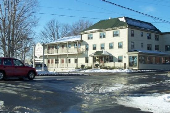 Name:  lane-s-privateer-inn. Nova Scotiajpg.jpg Views: 10 Size:  41.9 KB