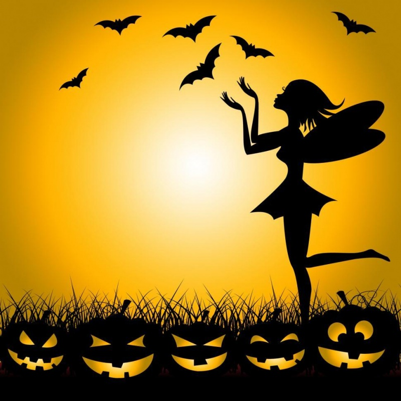 Name:  halloween-fairy-shows-trick-or-treat-and-bats.jpg
