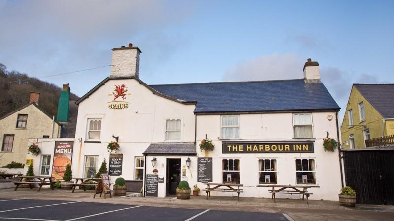 Name:  Harbour-Inn-WebRes-6733.jpg Views: 44 Size:  120.9 KB