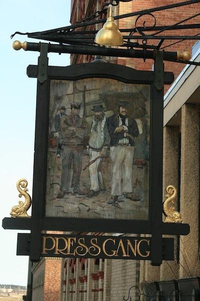 Name:  98d25e45a68c123d66975f92a7821bfd--shop-signage-british-pub.jpg Views: 713 Size:  101.4 KB