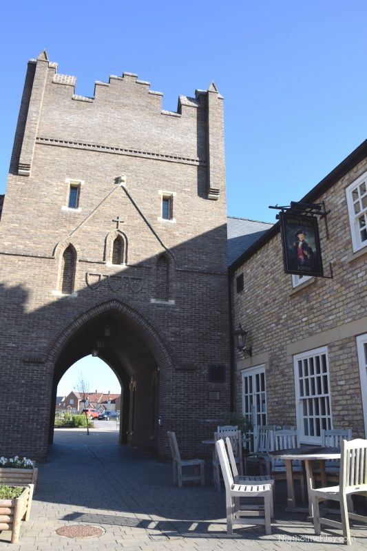 Name:  John-Paul-Jones-Pub-The-Bay-FIley-Yorkshire.jpg Views: 88 Size:  165.4 KB