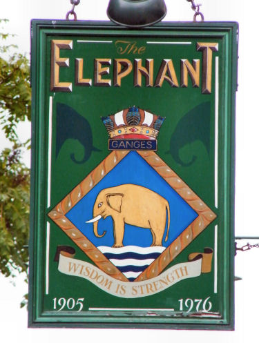 Name:  Elephant-sign-Faversham-2012.JPG