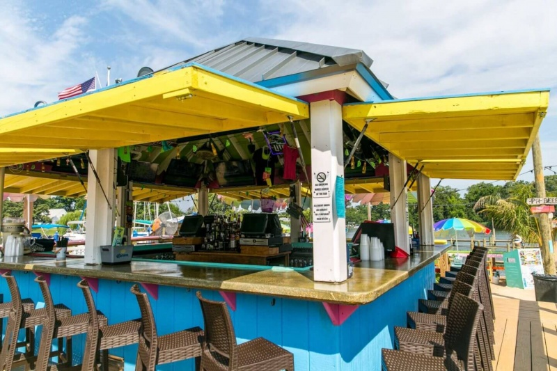 Name:  Tiki-Bar.jpg