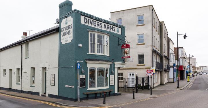 Name:  divers_arms_herne_bay_27.jpg Views: 29 Size:  43.4 KB