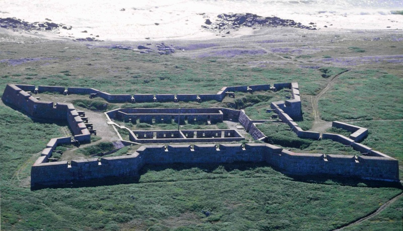 Name:  Churchill_Fort_Prince_of_Wales_1996-08-12.jpg