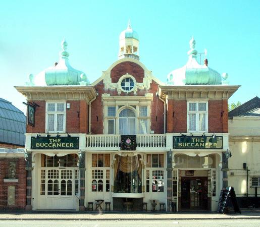 Name:  buccaneer-pub.jpg Views: 161 Size:  42.5 KB