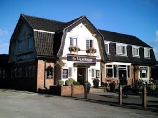 Name:  the-lighthouse-pub. Wallasey.jpg