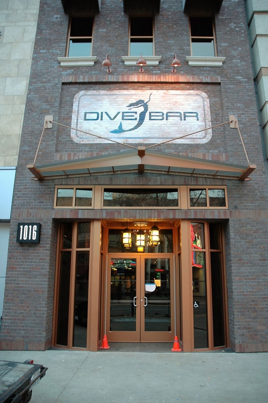 Name:  dive-bar-awning-sacramento-1.jpg