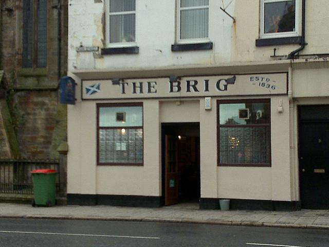 Name:  The-Brig-Pub-in-Ayr.jpg Views: 104 Size:  191.2 KB