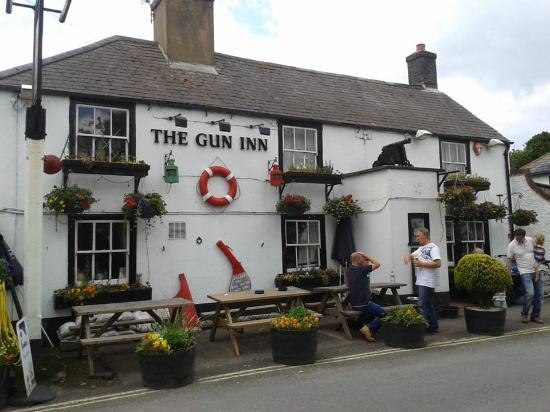Name:  the-gun-inn.jpg Views: 15 Size:  40.0 KB