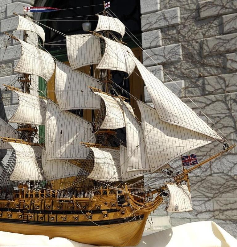 Name:  800px-HMS_St_Lawrence1.jpg Views: 30 Size:  304.7 KB