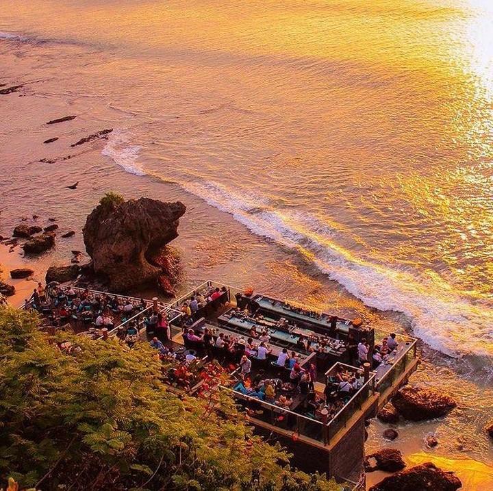 Name:  Rock-Bar-Bali.-@rockbarbaliInstagram.jpg Views: 25 Size:  232.2 KB