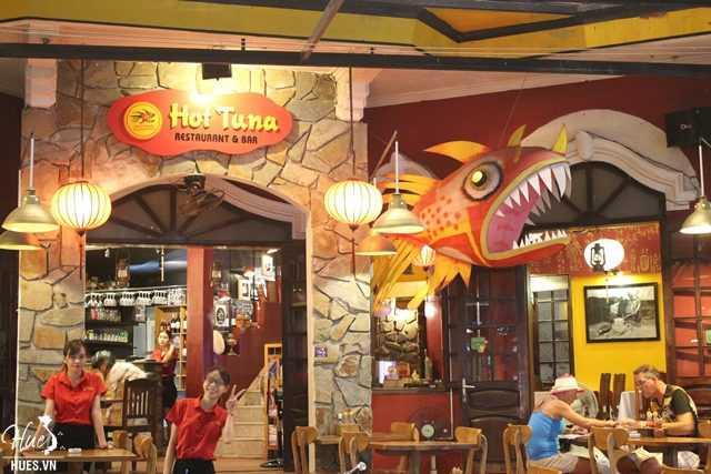 Name:  diadiem.hues_.vn-hot-tuna-cafe-pub-restaurant-37-vo-thi-sau-hue-8-640x427.jpg Views: 24 Size:  41.3 KB