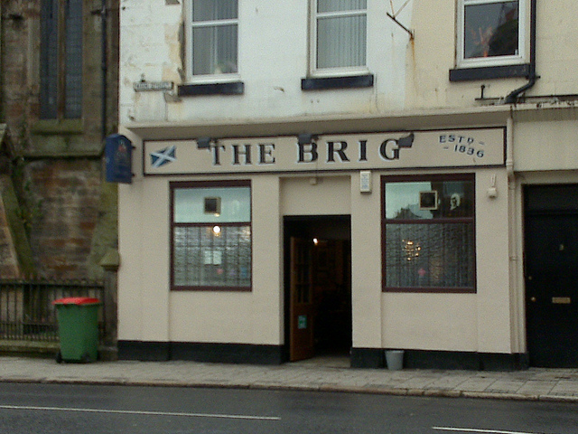 Name:  The-Brig-Pub-in-Ayr.jpg