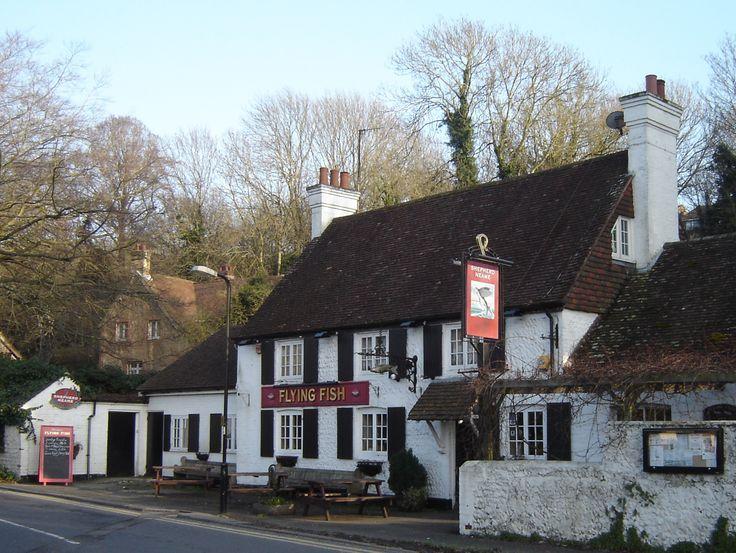 Name:  664958861ac0413b579e7d425e8d4e44--british-pub-pub-signs.jpg Views: 50 Size:  92.7 KB