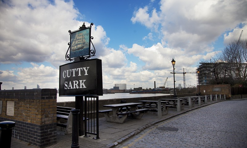 Name:  cutty-sark-pub-SE10.jpg Views: 74 Size:  105.1 KB