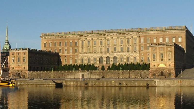 Name:  Stockholm_slott.png Views: 56 Size:  540.1 KB