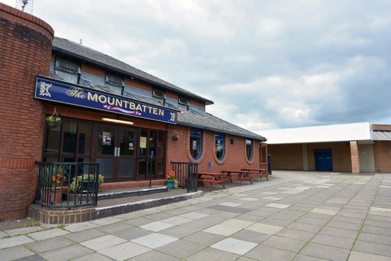 Name:  MountbattenPub.jpg.gallery.jpg Views: 42 Size:  147.9 KB