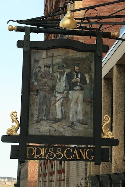 Name:  98d25e45a68c123d66975f92a7821bfd--shop-signage-british-pub.jpg Views: 560 Size:  101.4 KB