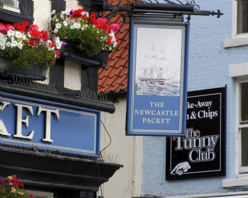 Name:  Newcastle Packet sign.jpg Views: 78 Size:  206.7 KB