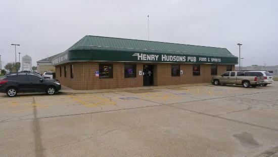 Name:  henry-hudson-s-pub.jpg Views: 143 Size:  20.0 KB