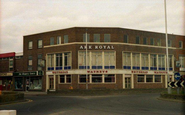 Name:  Ark Royal  Gosport.jpg Views: 38 Size:  43.0 KB