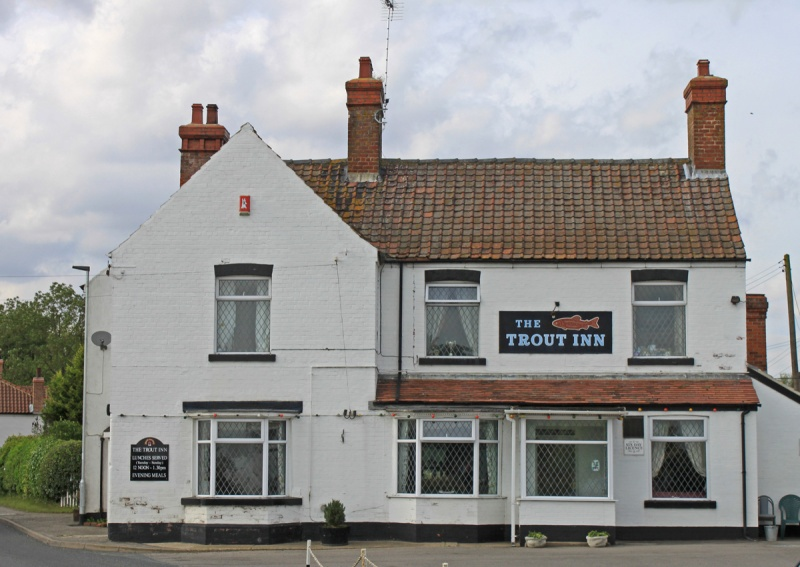 Name:  Trout Inn.jpg