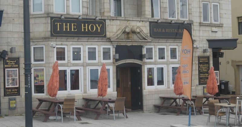 Name:  The-Hoy-pub-and-restaurant-in-Margate-has-been-brought-to-the-market-after-closing-five-months-a.jpg Views: 44 Size:  123.5 KB