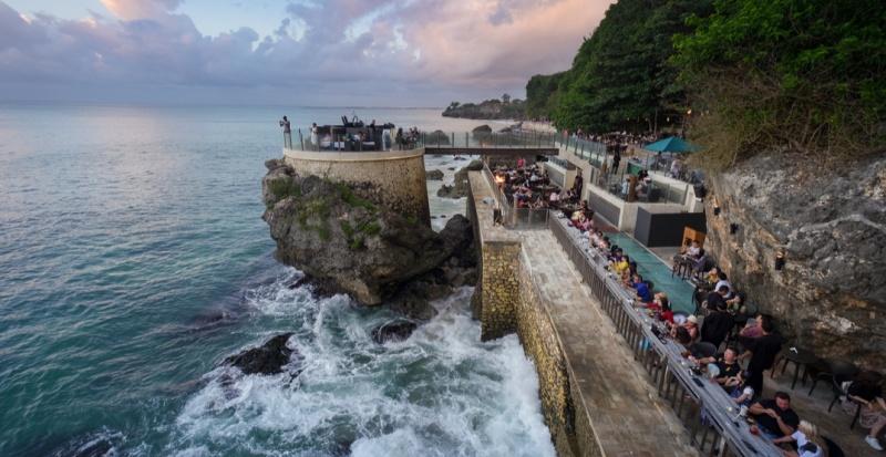 Name:  Rock-Bar-at-Ayana-Resort-in-Bali.jpg Views: 25 Size:  147.6 KB